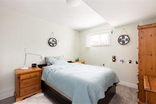 Photo 13: 15754 BUENA VISTA Avenue: White Rock House for sale (South Surrey White Rock)  : MLS®# R2391499