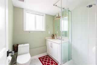 Photo 16: 15754 BUENA VISTA Avenue: White Rock House for sale (South Surrey White Rock)  : MLS®# R2391499