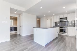 """Photo 5: 1201 3096 WINDSOR Gate in Coquitlam: New Horizons Condo for sale in """"MANTYLA"""" : MLS®# R2393468"""