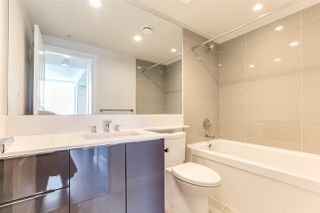 """Photo 12: 1201 3096 WINDSOR Gate in Coquitlam: New Horizons Condo for sale in """"MANTYLA"""" : MLS®# R2393468"""