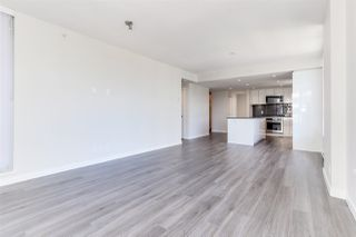 """Photo 4: 1201 3096 WINDSOR Gate in Coquitlam: New Horizons Condo for sale in """"MANTYLA"""" : MLS®# R2393468"""