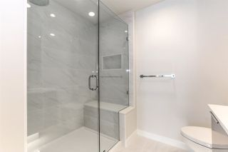 """Photo 10: 1201 3096 WINDSOR Gate in Coquitlam: New Horizons Condo for sale in """"MANTYLA"""" : MLS®# R2393468"""
