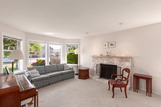 Photo 2: 5111 CENTRAL AVENUE in Delta: Hawthorne House for sale (Ladner)  : MLS®# R2398006