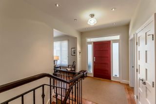 Photo 2: 7292 LANCASTER PLACE in Vancouver: Fraserview VE House for sale (Vancouver East)  : MLS®# R2191880