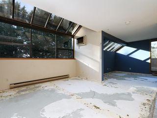 Photo 3: 497D 4678 Elk Lake Drive in VICTORIA: SW Royal Oak Condo Apartment for sale (Saanich West)  : MLS®# 419292