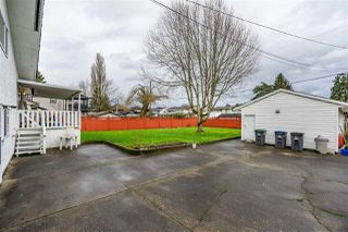 Photo 19: 6160 175A Street in Surrey: Cloverdale BC House for sale (Cloverdale)  : MLS®# R2429632