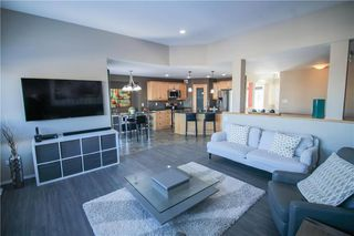 Photo 5: 27 Brunka Place in Winnipeg: Bridgewood Estates Residential for sale (3J)  : MLS®# 202002908