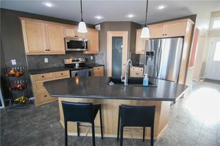 Photo 10: 27 Brunka Place in Winnipeg: Bridgewood Estates Residential for sale (3J)  : MLS®# 202002908