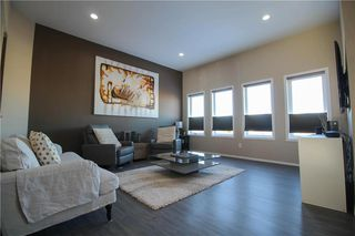 Photo 4: 27 Brunka Place in Winnipeg: Bridgewood Estates Residential for sale (3J)  : MLS®# 202002908