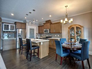 Photo 3: 3403 Cameron Heights Cove in Edmonton: Zone 20 Attached Home for sale : MLS®# E4187126