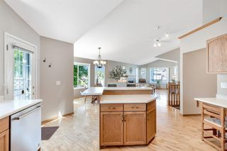 Photo 10: 55 DOUGLAS PARK Boulevard SE in Calgary: Douglasdale/Glen Detached for sale : MLS®# A1016130