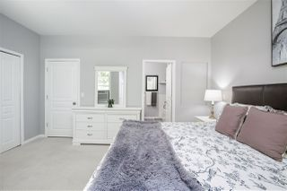 """Photo 17: 61 2588 152 Street in Surrey: King George Corridor Townhouse for sale in """"Woodgrove"""" (South Surrey White Rock)  : MLS®# R2480790"""