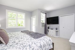 """Photo 16: 61 2588 152 Street in Surrey: King George Corridor Townhouse for sale in """"Woodgrove"""" (South Surrey White Rock)  : MLS®# R2480790"""