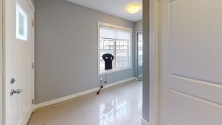 Photo 2: 1 165 CY BECKER Boulevard in Edmonton: Zone 03 Townhouse for sale : MLS®# E4210998
