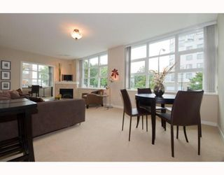 "Photo 4: 204 189 NATIONAL Avenue in Vancouver: Mount Pleasant VE Condo for sale in ""The Sussex"" (Vancouver East)  : MLS®# V786575"