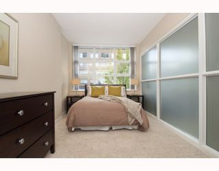 "Photo 10: 204 189 NATIONAL Avenue in Vancouver: Mount Pleasant VE Condo for sale in ""The Sussex"" (Vancouver East)  : MLS®# V786575"