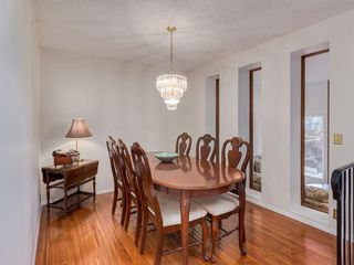 Photo 7: 133 Point Drive NW in Calgary: Point McKay Row/Townhouse for sale : MLS®# A1056926