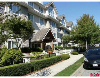 "Photo 1: 404 1685 152A Street in Surrey: King George Corridor Condo for sale in ""SUNCLIFF PLACE"" (South Surrey White Rock)  : MLS®# F2920850"
