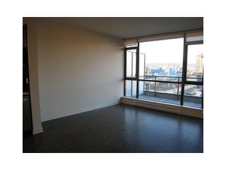 """Photo 5: 605 750 W 12TH Avenue in Vancouver: Fairview VW Condo for sale in """"TAPESTRY"""" (Vancouver West)  : MLS®# V820509"""
