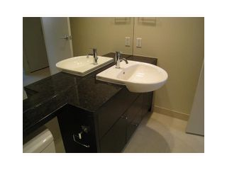 """Photo 8: 605 750 W 12TH Avenue in Vancouver: Fairview VW Condo for sale in """"TAPESTRY"""" (Vancouver West)  : MLS®# V820509"""