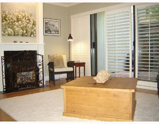 Photo 2: 3166 MOUNTAIN Highway in North_Vancouver: Lynn Valley Townhouse for sale (North Vancouver)  : MLS®# V725396