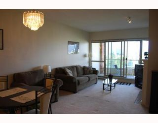 "Photo 2: 1504 6838 STATION HILL Drive in Burnaby: South Slope Condo for sale in ""BELGRAVIA"" (Burnaby South)  : MLS®# V773599"