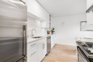 """Photo 3: 304 2935 SPRUCE Street in Vancouver: Fairview VW Condo for sale in """"LANDMARK CAESAR"""" (Vancouver West)  : MLS®# R2410908"""