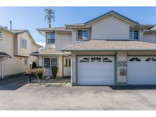 Main Photo: 2 19270 122A Avenue in Pitt Meadows: Central Meadows Townhouse for sale : MLS®# R2443655