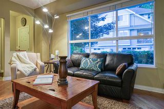 """Photo 6: 19 8568 209 Street in Langley: Walnut Grove Townhouse for sale in """"Creekside Estates"""" : MLS®# R2494218"""