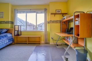 """Photo 21: 19 8568 209 Street in Langley: Walnut Grove Townhouse for sale in """"Creekside Estates"""" : MLS®# R2494218"""