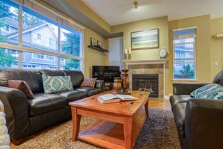 """Photo 5: 19 8568 209 Street in Langley: Walnut Grove Townhouse for sale in """"Creekside Estates"""" : MLS®# R2494218"""