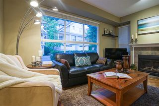 """Photo 4: 19 8568 209 Street in Langley: Walnut Grove Townhouse for sale in """"Creekside Estates"""" : MLS®# R2494218"""