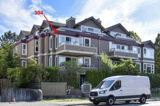 """Photo 1: 304 3218 ONTARIO Street in Vancouver: Main Condo for sale in """"Ontario Place"""" (Vancouver East)  : MLS®# R2502317"""