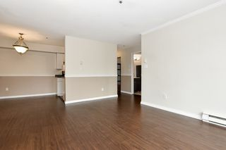 """Photo 15: 304 3218 ONTARIO Street in Vancouver: Main Condo for sale in """"Ontario Place"""" (Vancouver East)  : MLS®# R2502317"""