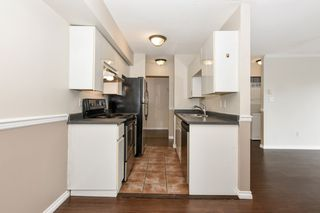 "Photo 19: 304 3218 ONTARIO Street in Vancouver: Main Condo for sale in ""Ontario Place"" (Vancouver East)  : MLS®# R2502317"