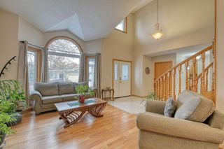 Photo 3: 112 Hampshire Close NW in Calgary: Hamptons Detached for sale : MLS®# A1051810