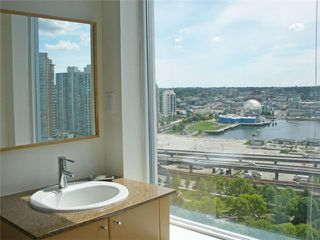"""Photo 7: 2701 550 TAYLOR Street in Vancouver: Downtown VW Condo for sale in """"TAYLOR"""" (Vancouver West)  : MLS®# V833375"""