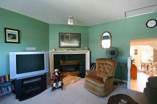 "Photo 6: 70 19160 119TH Avenue in Pitt_Meadows: Central Meadows Townhouse for sale in ""WINDSOR OAK"" (Pitt Meadows)  : MLS®# V728149"