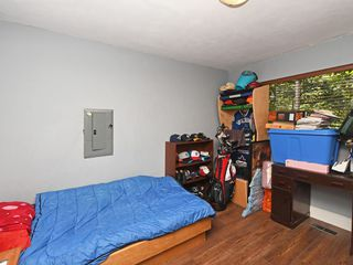 "Photo 11: 2397 HOSKINS Road in North Vancouver: Westlynn Terrace House for sale in ""WESTLYNN TERRACE"" : MLS®# R2389248"