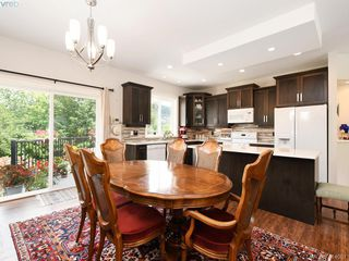 Photo 6: 2982 Harlequin Pl in VICTORIA: La Goldstream Single Family Detached for sale (Langford)  : MLS®# 821181
