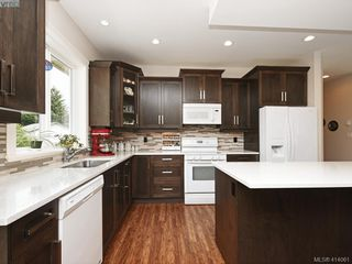 Photo 10: 2982 Harlequin Pl in VICTORIA: La Goldstream Single Family Detached for sale (Langford)  : MLS®# 821181