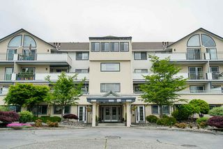 "Photo 20: 305 19645 64 Avenue in Langley: Willoughby Heights Condo for sale in ""Highgate Terrace"" : MLS®# R2398331"