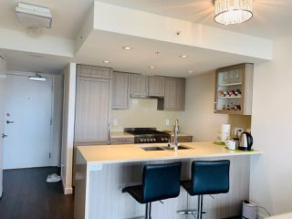 Photo 5: 911 5665 BOUNDARY Road in Vancouver: Collingwood VE Condo for sale (Vancouver East)  : MLS®# R2434914