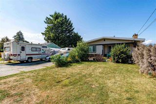 Main Photo: 10163 FAIRVIEW Drive in Chilliwack: Fairfield Island House for sale : MLS®# R2449394