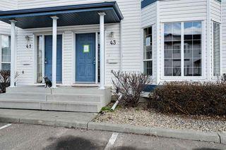 Photo 3: 43 16728 115 Street in Edmonton: Zone 27 Townhouse for sale : MLS®# E4197034