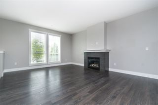 """Photo 5: 21004 80 Avenue in Langley: Willoughby Heights Condo for sale in """"Kingsbury"""" : MLS®# R2463443"""