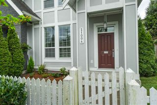 """Photo 34: 21004 80 Avenue in Langley: Willoughby Heights Condo for sale in """"Kingsbury"""" : MLS®# R2463443"""