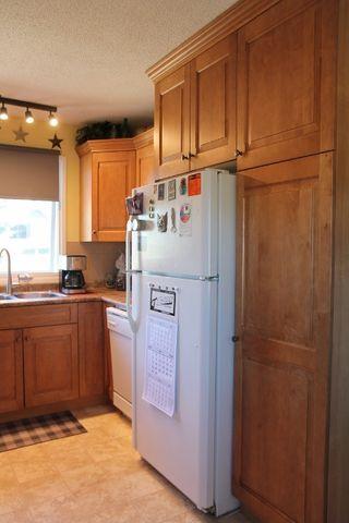 Photo 3: 4909 54 Avenue: Elk Point House for sale : MLS®# E4201578
