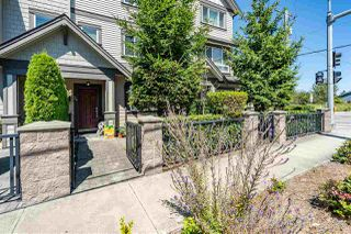 "Photo 3: 24 10999 STEVESTON Highway in Richmond: McNair Townhouse for sale in ""Ironwood Gate"" : MLS®# R2480578"