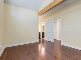 Photo 10: 1101 1997 SIROCCO Drive SW in Calgary: Signal Hill Row/Townhouse for sale : MLS®# A1018992